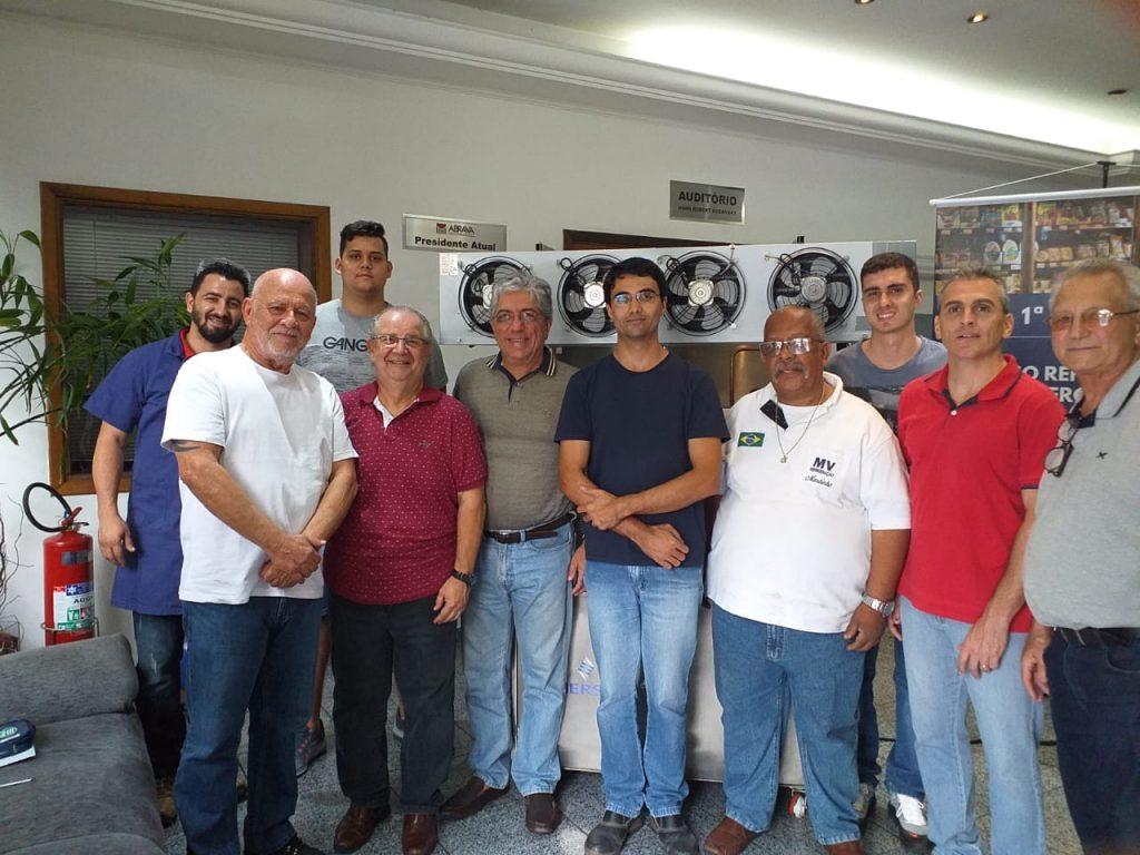 1ª turma do curso de refrigeração da ABRAVA é concluída com sucesso.